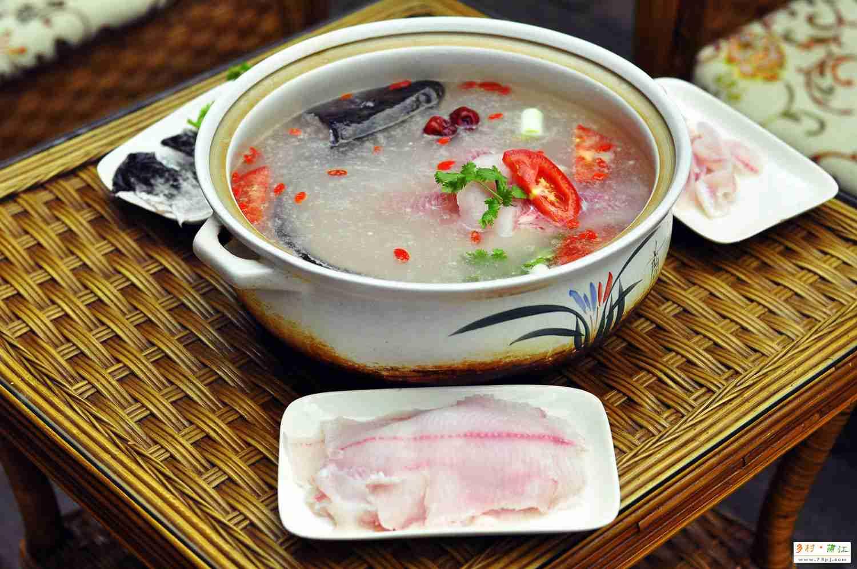 洞天福地乌鱼汤 - 蒲江樱桃山美食